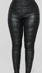 Fashion nova ruched leggings